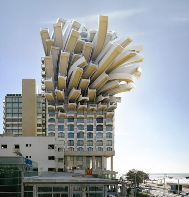 Architecture Surréaliste victor enrich, l'homme qui modifiait les villes par la photographie