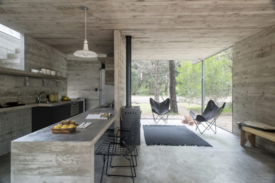 A Minimalist House In The Argentinian Forest Archibat Mag